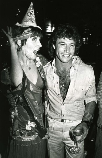 Andy Gibb, Maureen McGovern 1982 NY.jpg
