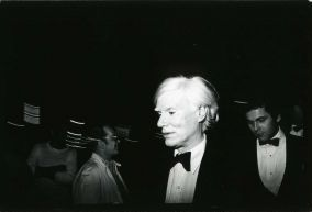 Andy Warhol 1979 NYC.jpg