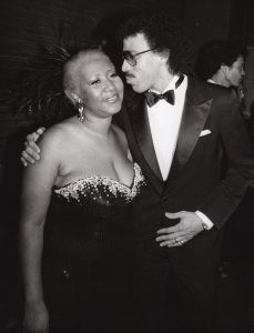Aretha Franklin and Lionel Richie 1983, Los Angeles.jpg