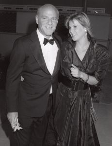 Barry Diller and Catherine Oxenberg 1987, NY.jpg