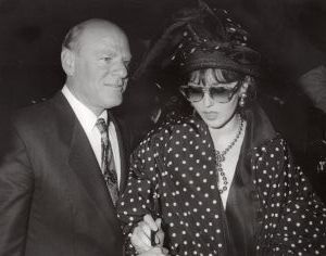 Barry Diller and Isabella Adjani 1990, LA.jpg