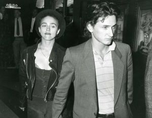 Madonna . Sean Penn 1987 Hollywood.jpg