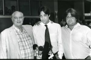 Marlon Brando with sons, Christian and Miko 1990 LA.jpg