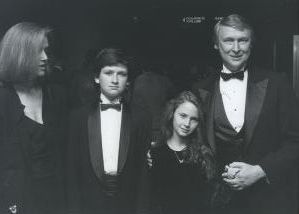 Mike Nichols with family, NY.jpg