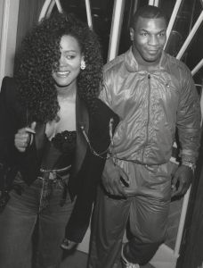 Mike Tyson and wife, Robin Givens  1989, Los Angeles.jpg