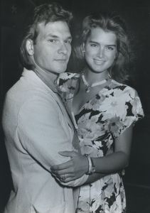 Patrick Swayze and Brooke Shields 1986, NY.jpg