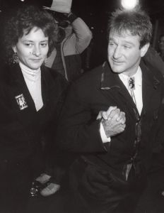 Robin Williams and girlfriend, Marsha  Garcer 1987, LA.jpg