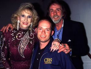 Tammy Wynette, husband George and stepson, Kelly, 1994, NY.jpg