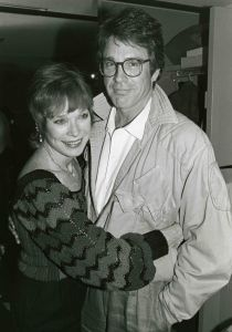Warren Beatty, Shirley MaClaine 1984  NYC.jpg