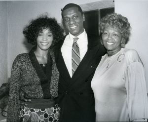 Whitney Houston with brother and mom, Cissy Houston, 1987, NY.jpg