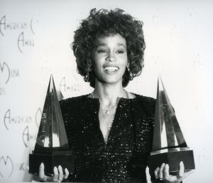 Whitney Houston, 1989 LA 5.jpg