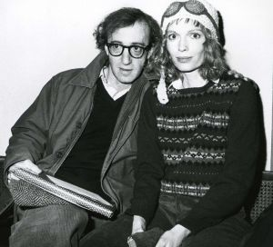 Woody Allen,  Mia Farrow  1981 NYC.jpg